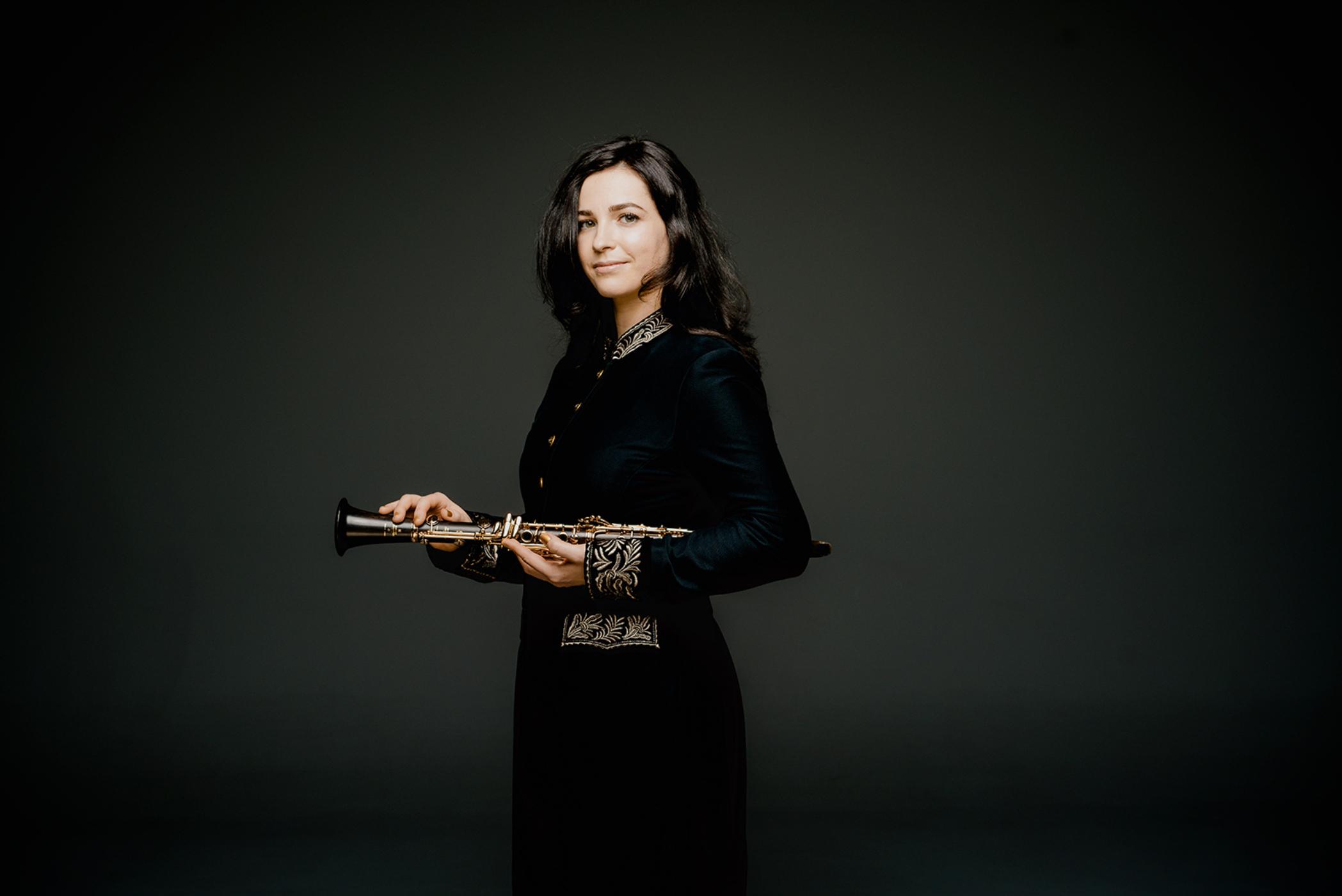 Annelien Van Wauwe Clarinet - Photo: Marco Borggreve
